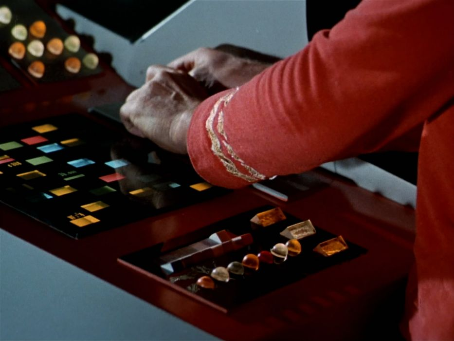 STAR TREK sci-fi action adventure television the-naked-truth (30) wallpaper