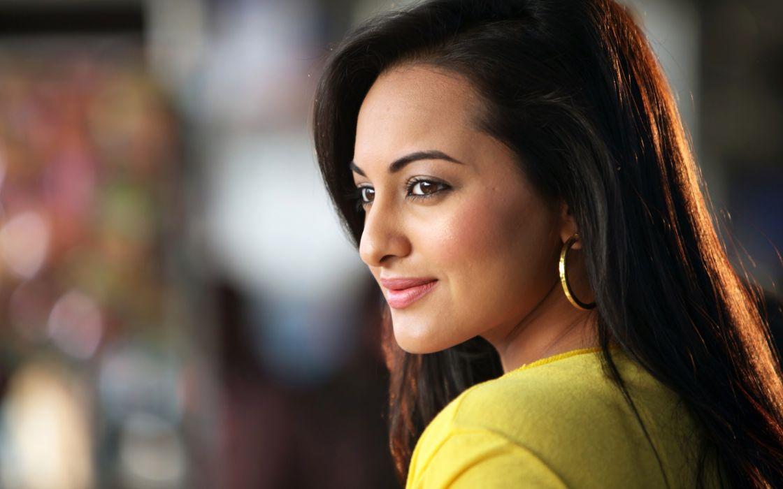 Sonakshi sinha bollywood celebrity indian blonde women model hot brunettes ultrahd 4k wallpaper wallpaper