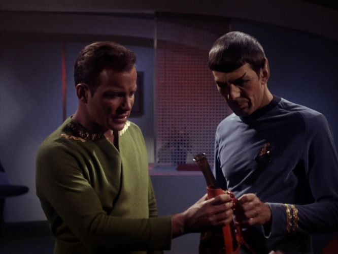 STAR TREK sci-fi action adventure television the-enemy-within (185) wallpaper