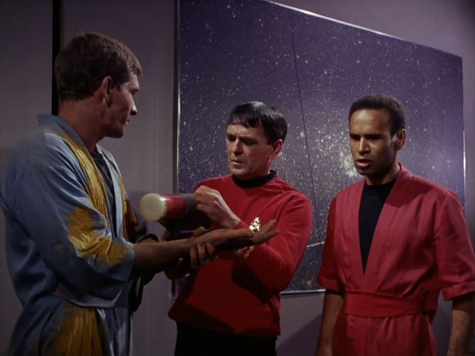 STAR TREK sci-fi action adventure television the-enemy-within (27) wallpaper