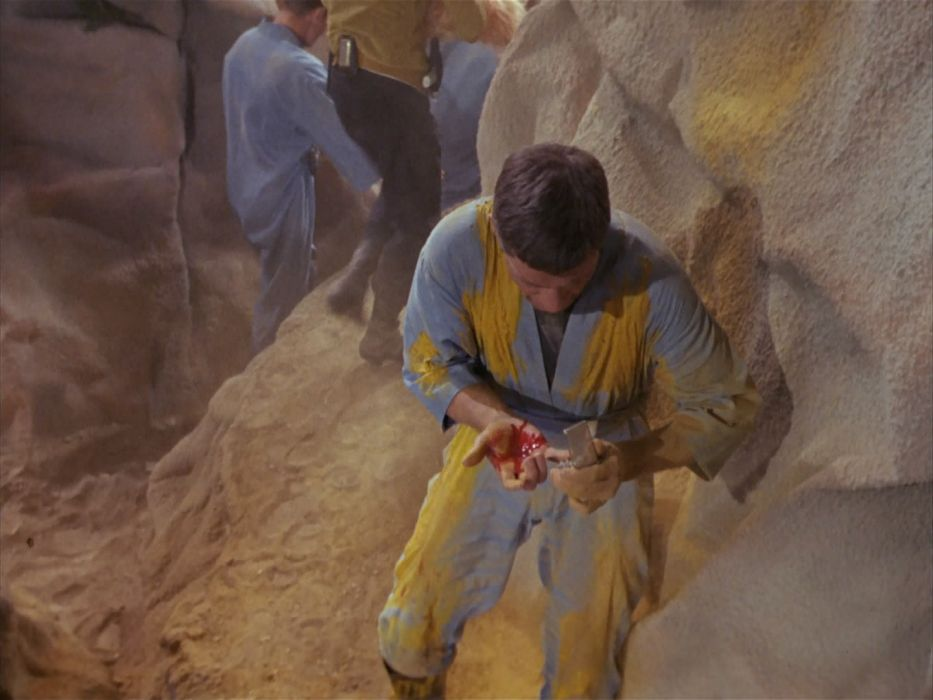 STAR TREK sci-fi action adventure television the-enemy-within (14) wallpaper