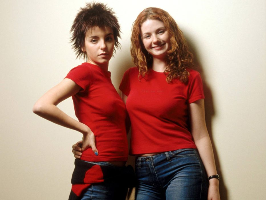 brunettes women redheads short hair curly hair music bands Lena Katina T_a_t_u_ Julia Volkova wallpaper