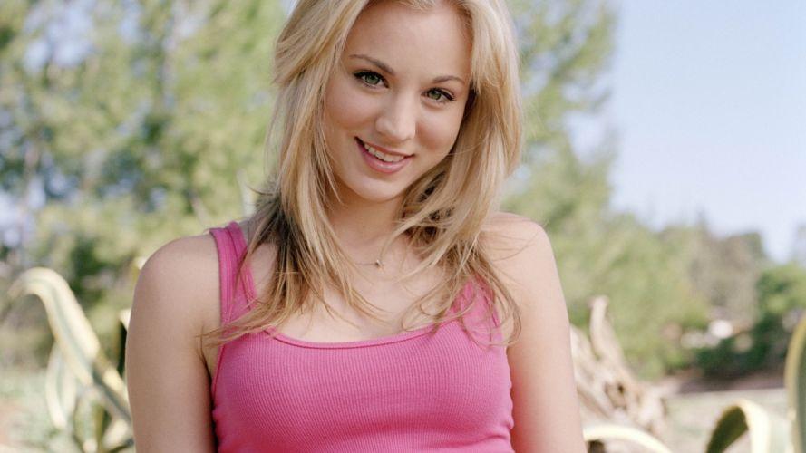 women actress tank tops Kaley Cuoco smiling wallpaper