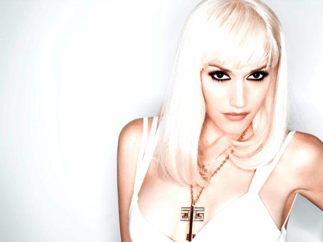 blondes Gwen Stefani singers bangs wallpaper