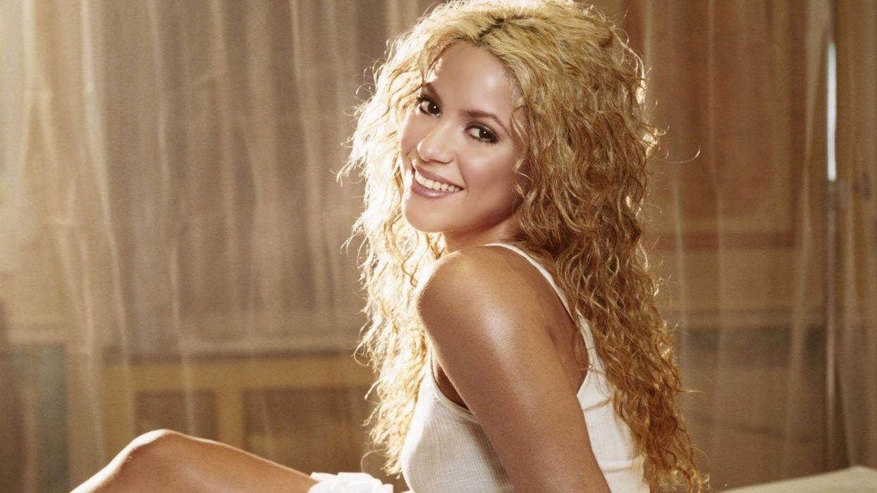 women celebrity Shakira TagNotAllowedTooSubjective wallpaper