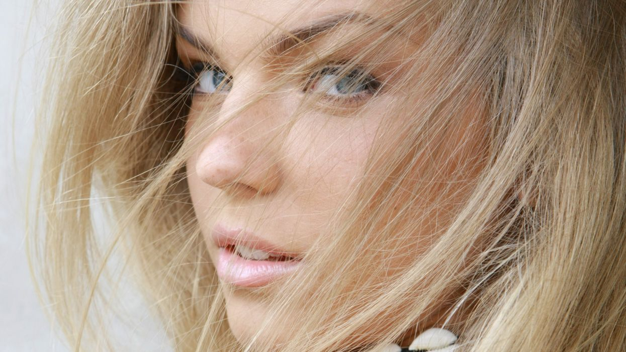 inga eyes blonde girl hair wallpaper