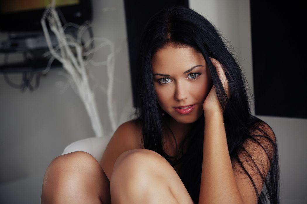 Macy Brunette Girl Beauty eyes hair lips face wallpaper