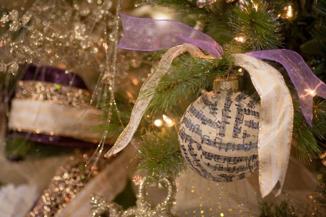 ornaments tinsel wallpaper