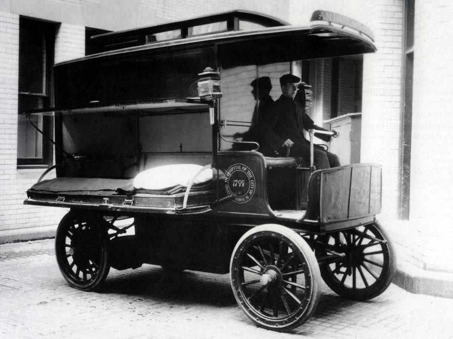 1900 Wood Electric Ambulance emergency retro      g wallpaper
