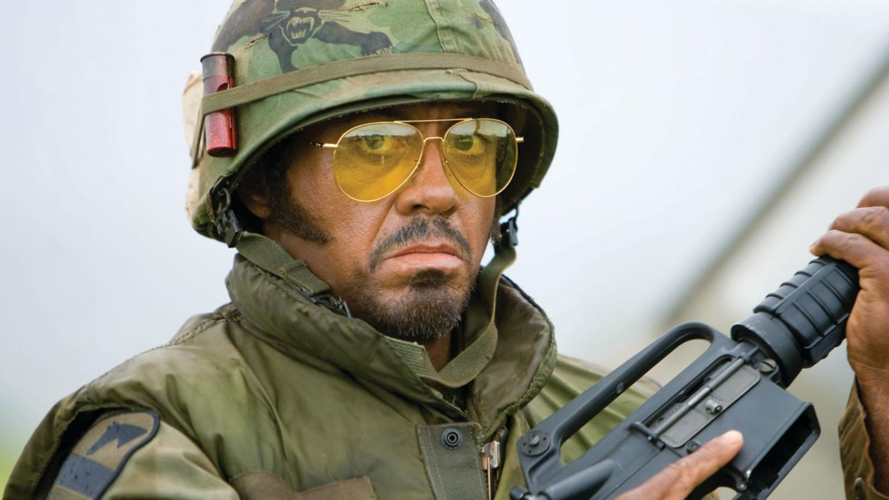 TROPIC THUNDER action comedy military weapon (23) wallpaper