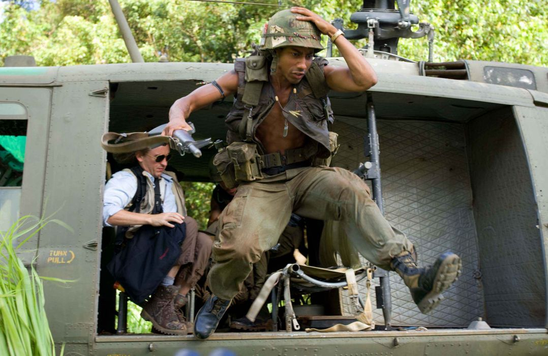 TROPIC THUNDER action comedy military weapon (45) wallpaper