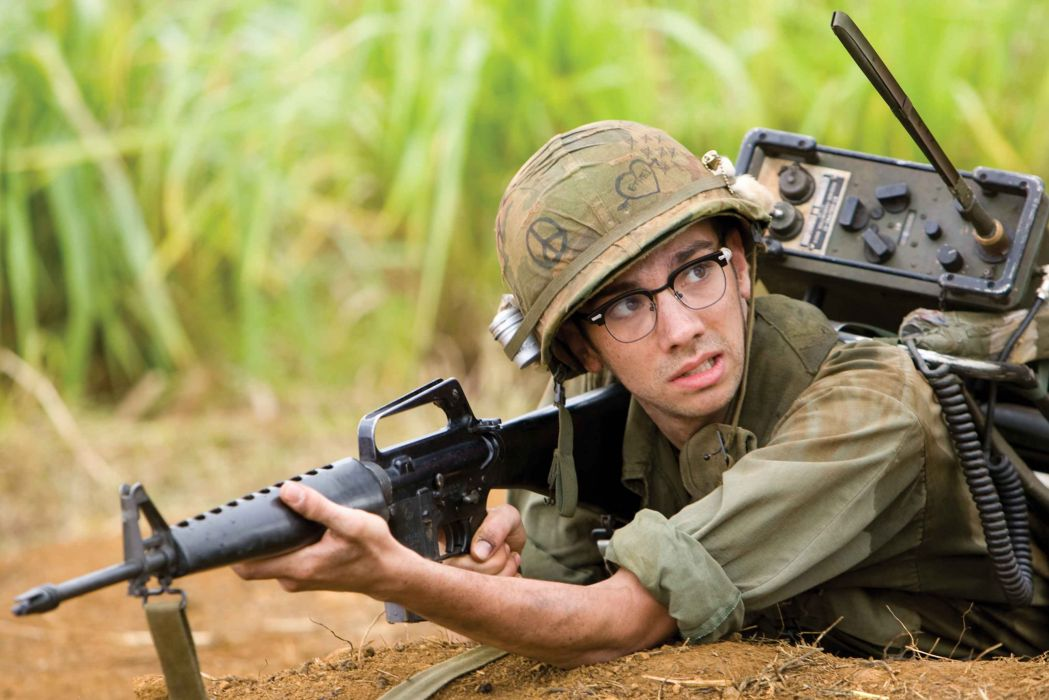 TROPIC THUNDER action comedy military weapon (49) wallpaper