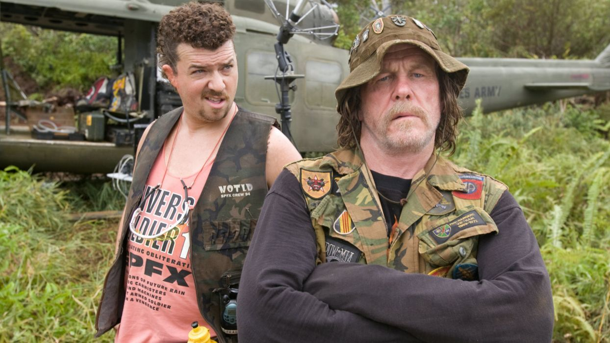 TROPIC THUNDER action comedy military weapon (58) wallpaper