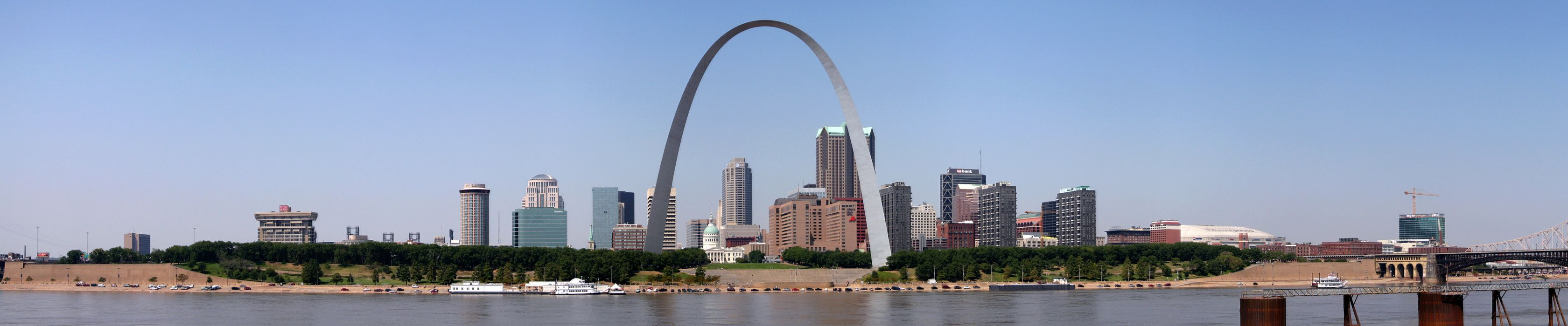 St Louis Gateway Arch Missouri wallpaper