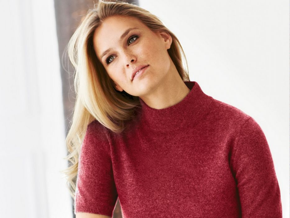brunettes women blue eyes models Bar Refaeli sweaters wallpaper