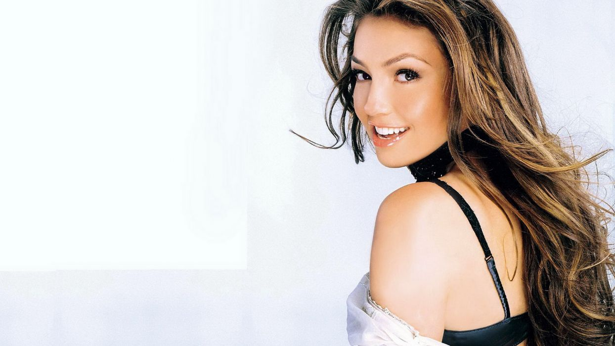 brunettes women smiling Thalia white background wallpaper