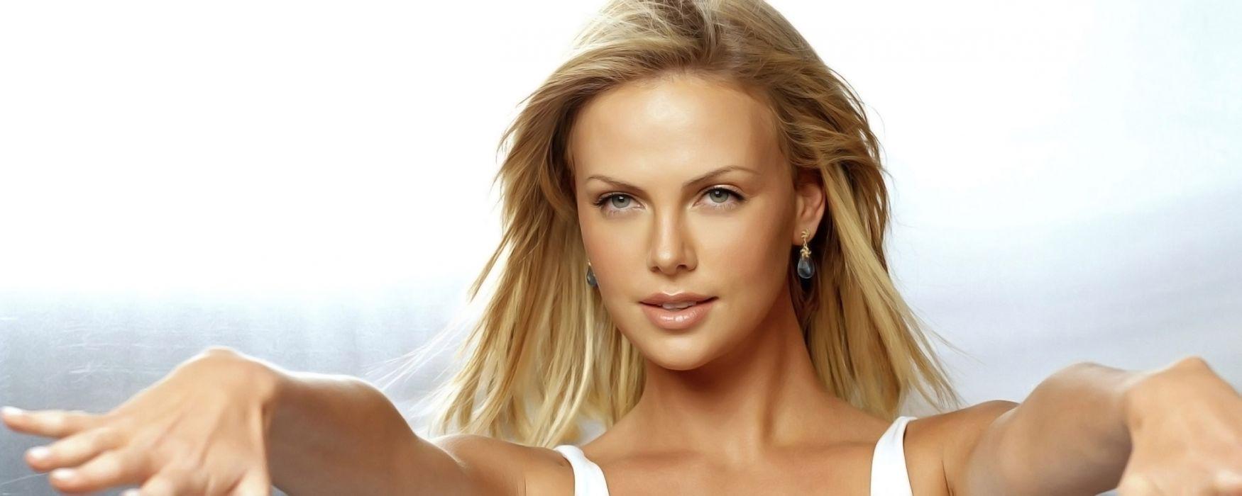 women models Charlize Theron wallpaper