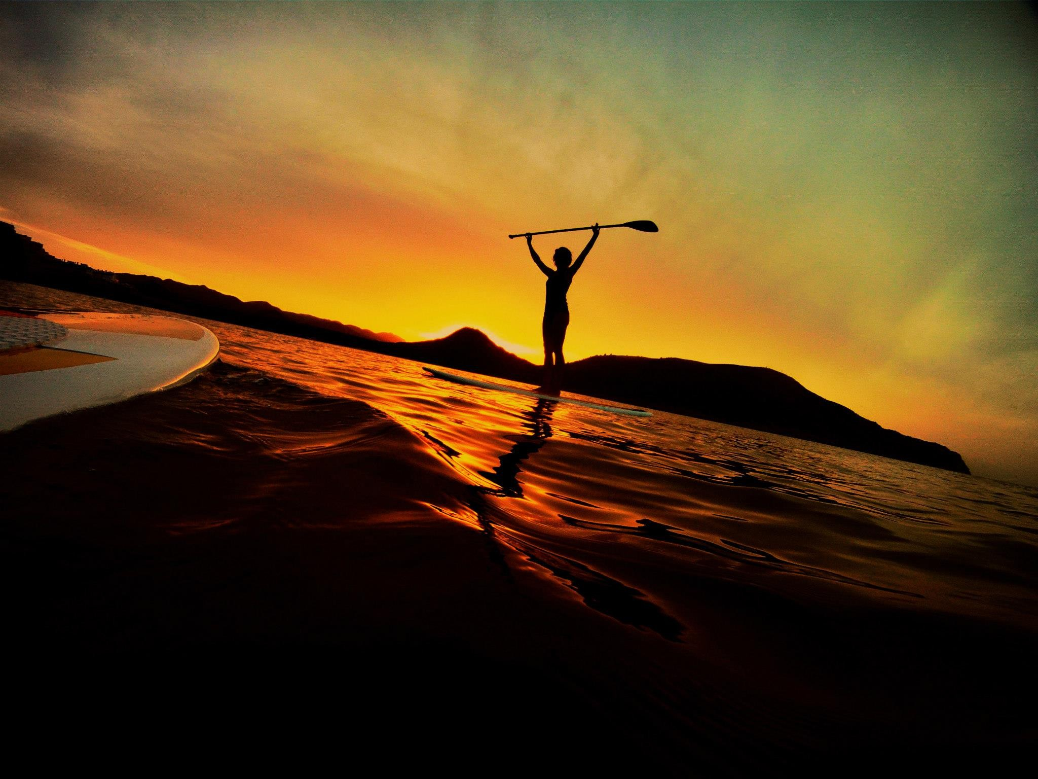 sup surfing wallpaper - photo #39