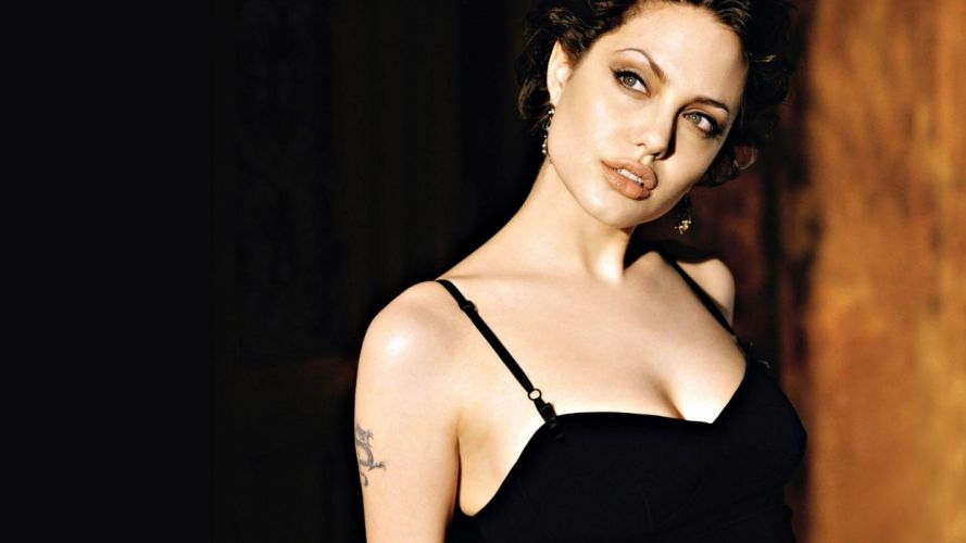 women Angelina Jolie wallpaper