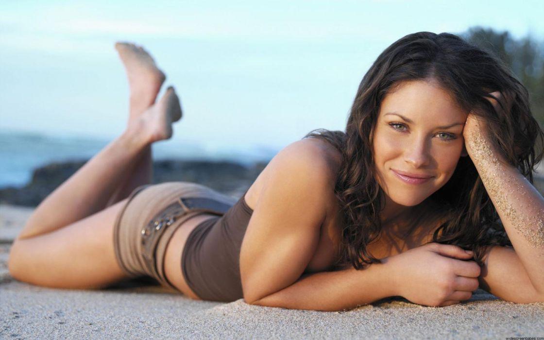 brunettes women actress Evangeline Lilly models beaches wallpaper