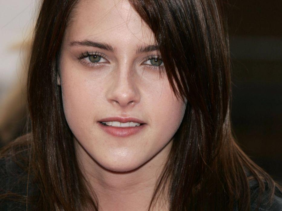Kristen Stewart faces wallpaper