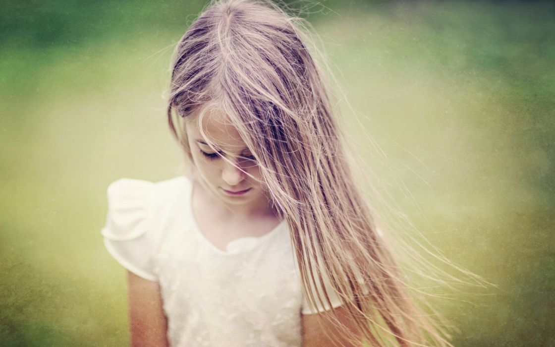 women little girl children wallpaper