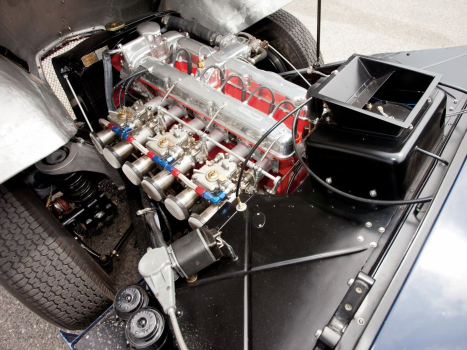 1950-53 Aston Martin DB2 Vantage Saloon retro engine      f wallpaper