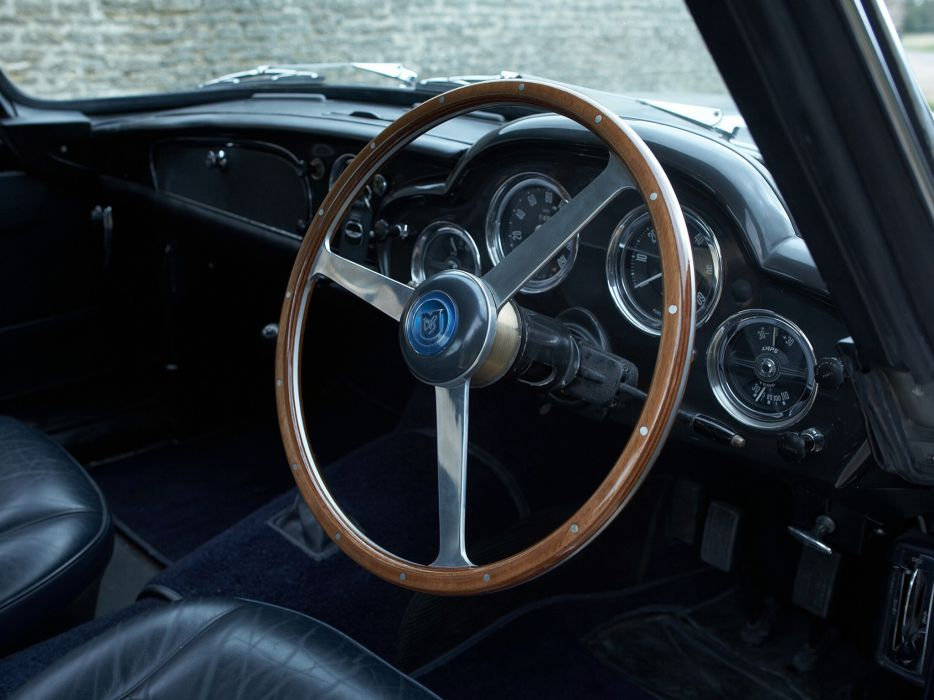 1960 Aston Martin DB4 UK-spec (Series-II) classic interior      g wallpaper