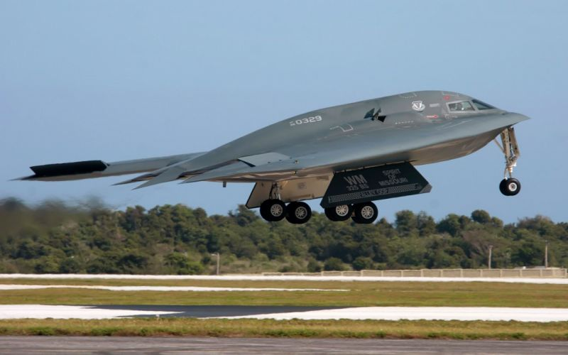 war airplanes stealth bomber B-2 Spirit wallpaper