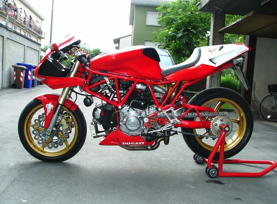DUCATI 900 motorbike bike (33) wallpaper
