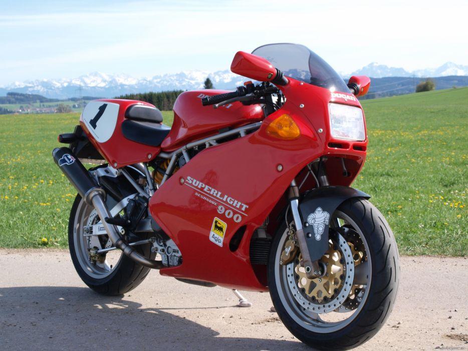 DUCATI 900 motorbike bike (42) wallpaper