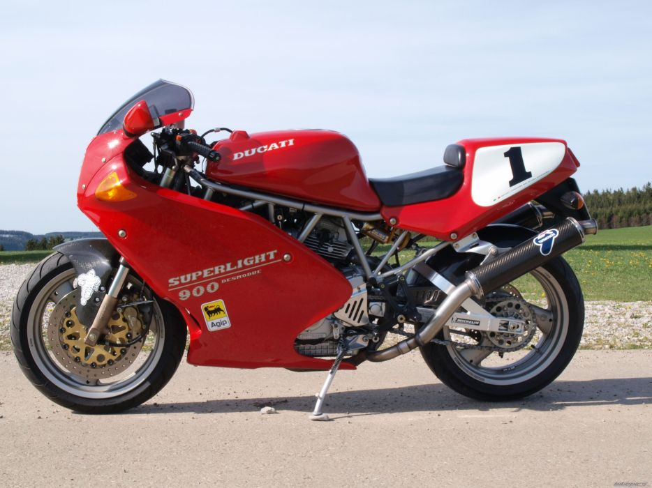DUCATI 900 motorbike bike (43) wallpaper
