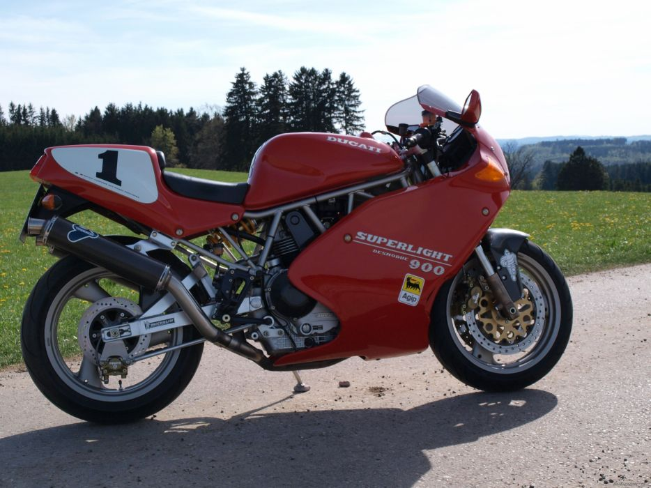 DUCATI 900 motorbike bike (44) wallpaper