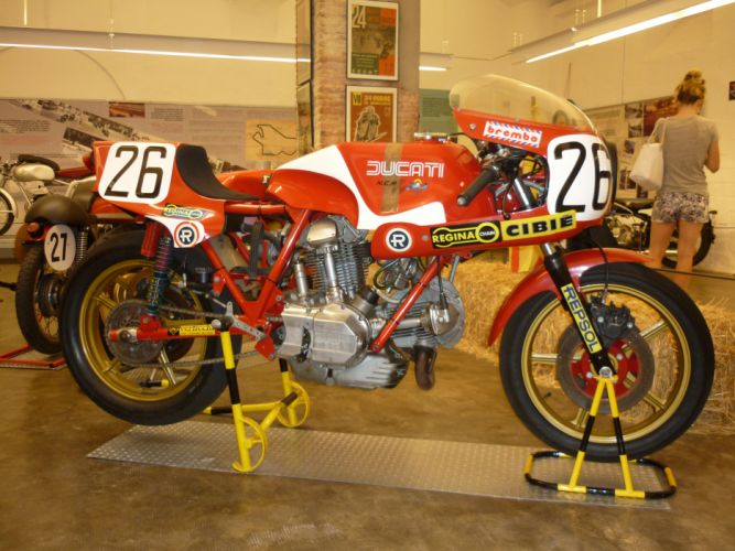 DUCATI 900 motorbike bike (49)_JPG wallpaper