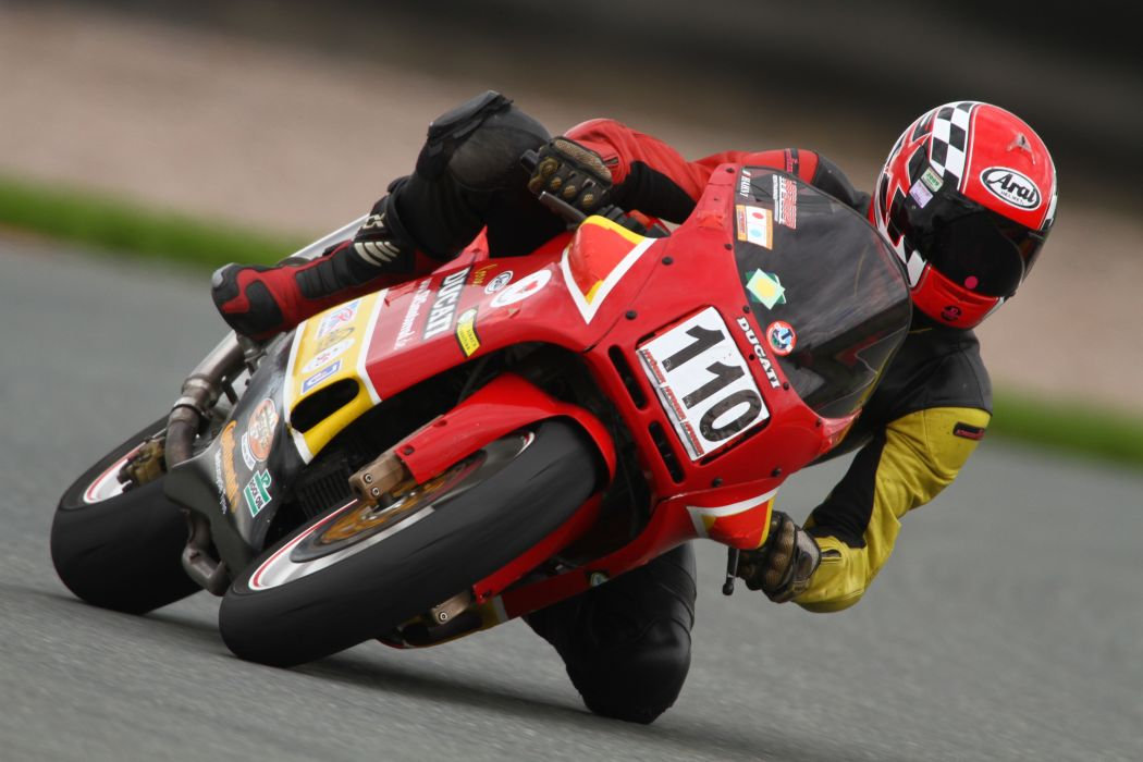 DUCATI 900 motorbike bike (63) wallpaper