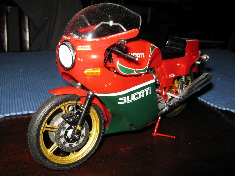DUCATI 900 motorbike bike (67) wallpaper