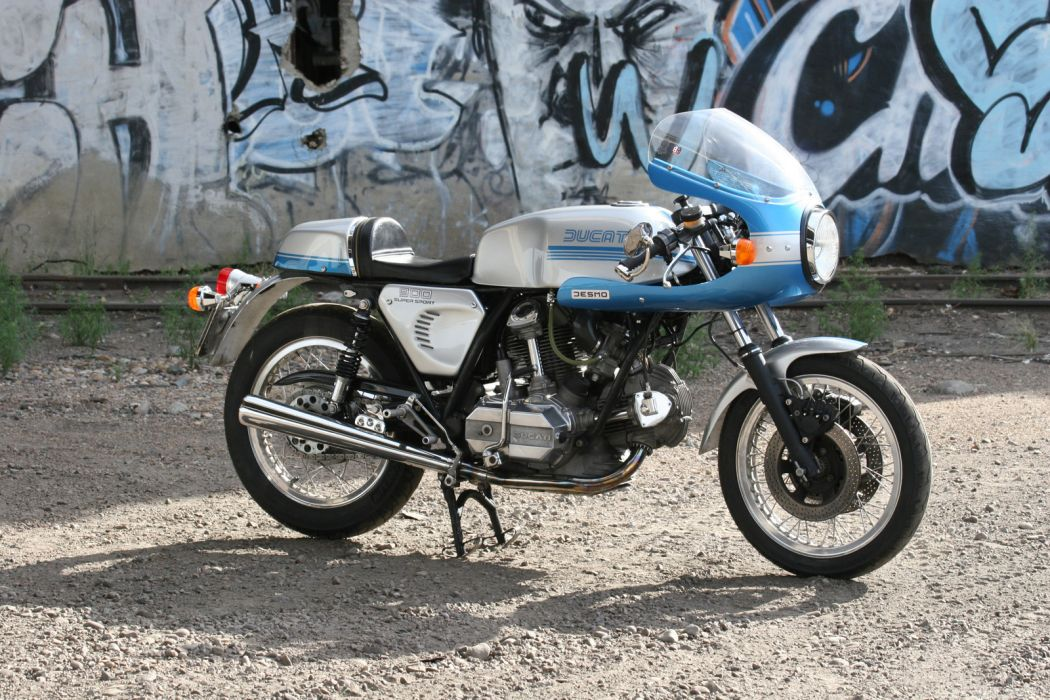 DUCATI 900 motorbike bike (82) wallpaper