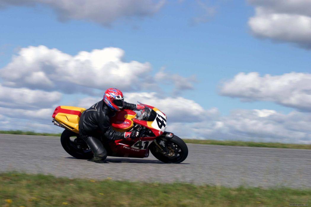 DUCATI 996 motorbike bike (2) wallpaper