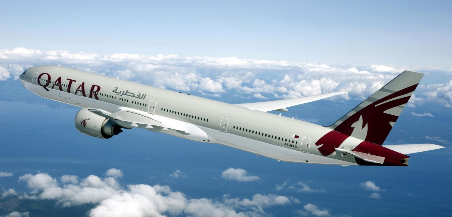 BOEING 777 airliner aircraft airplane plane jet (1) wallpaper