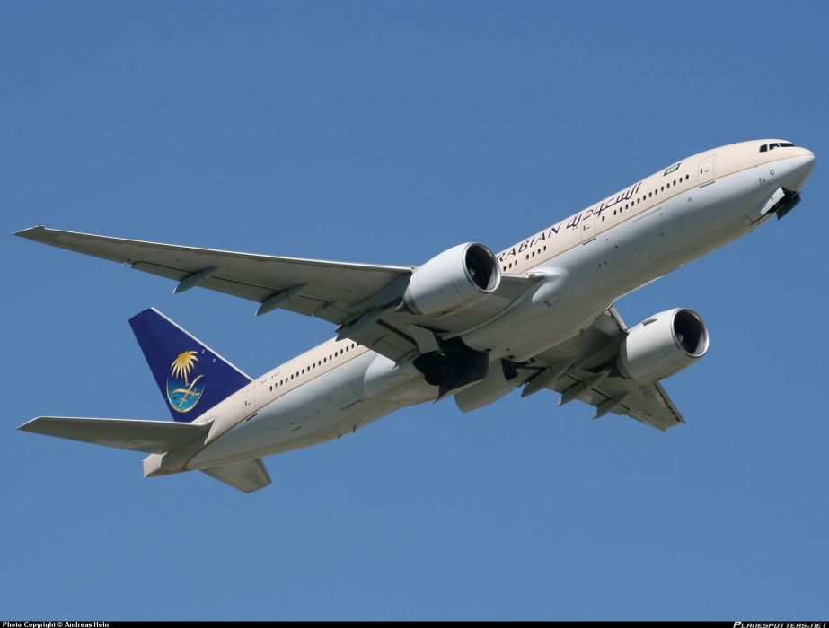 BOEING 777 airliner aircraft airplane plane jet (17) wallpaper