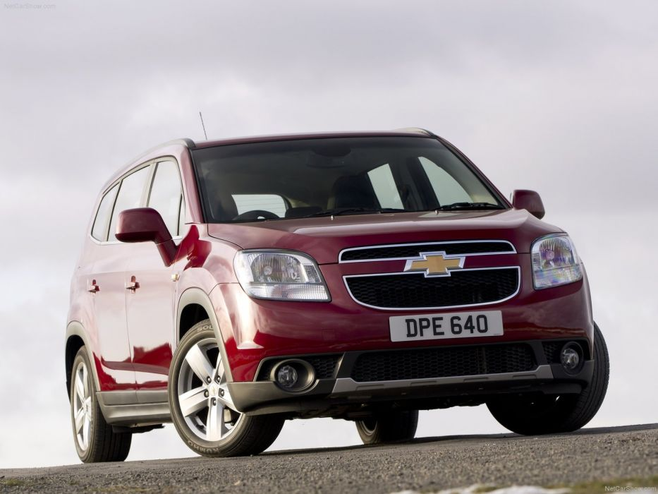 Chevrolet Orlando 2012 wallpaper