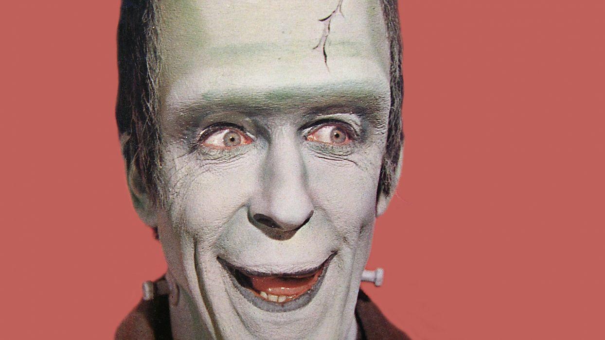 THE-MUNSTERS comedy dark frankenstein munsters halloween television (46) wallpaper