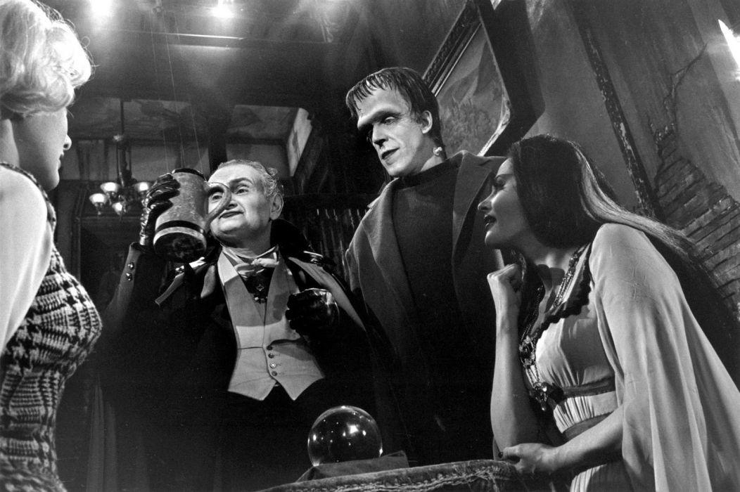 THE-MUNSTERS comedy dark frankenstein munsters halloween television (59) wallpaper
