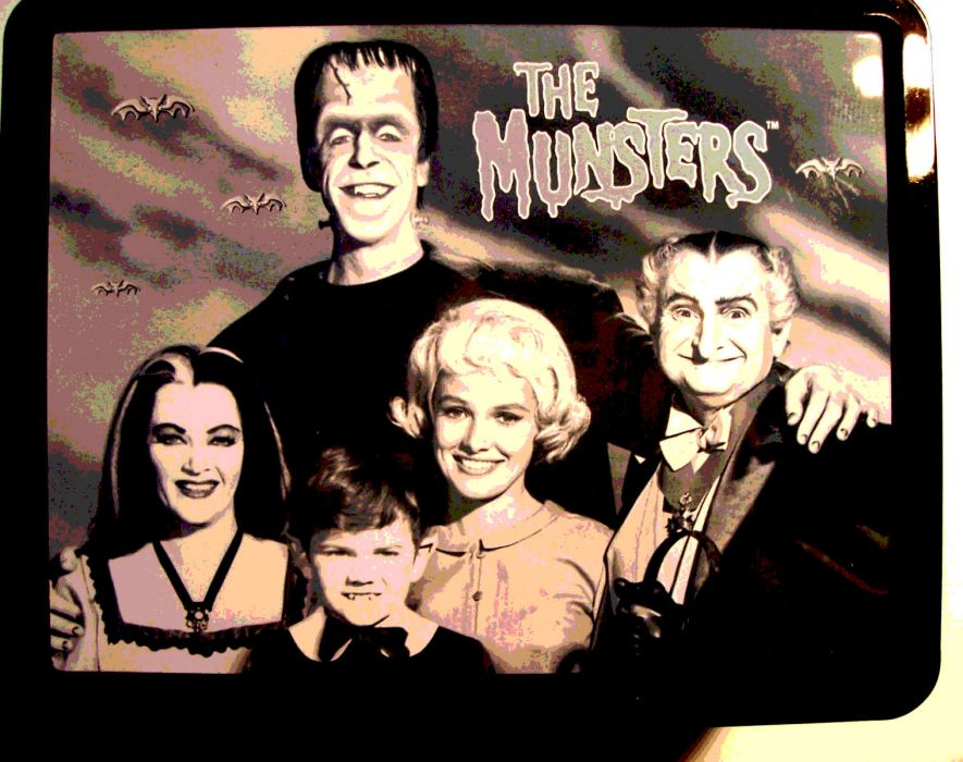 THE-MUNSTERS comedy dark frankenstein munsters halloween television (12) wallpaper