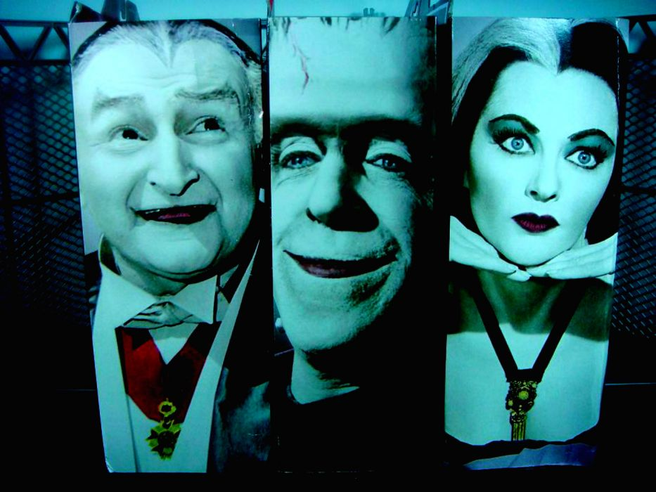 THE-MUNSTERS comedy dark frankenstein munsters halloween television (44) wallpaper