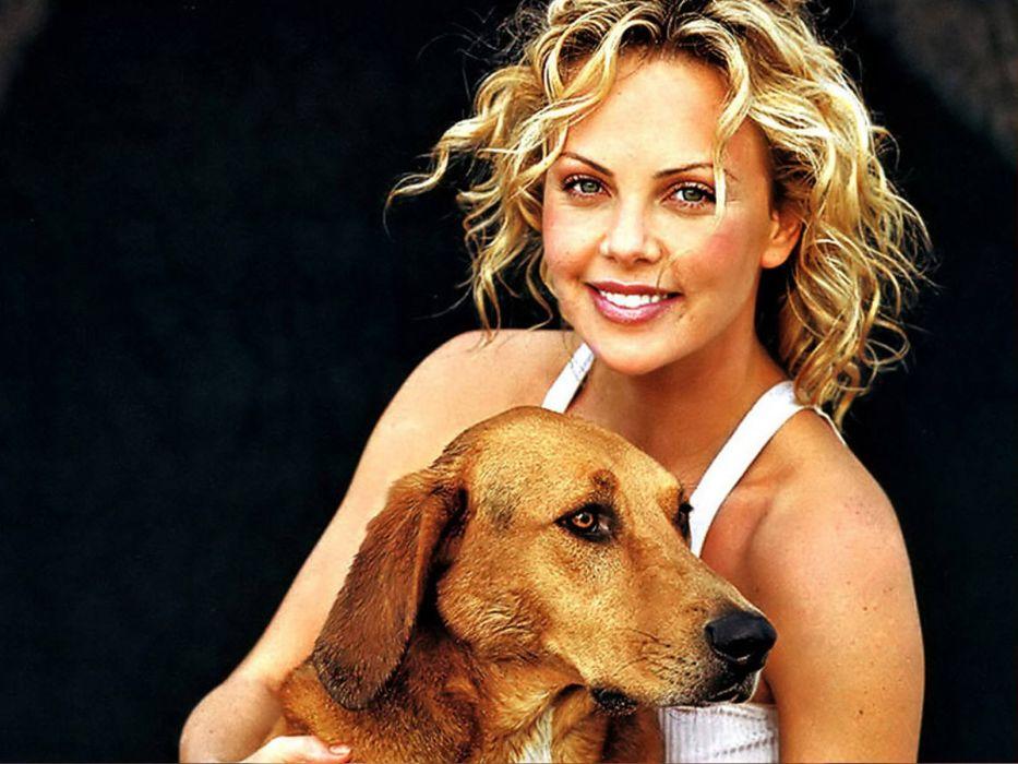 brunettes blondes women models Charlize Theron wallpaper