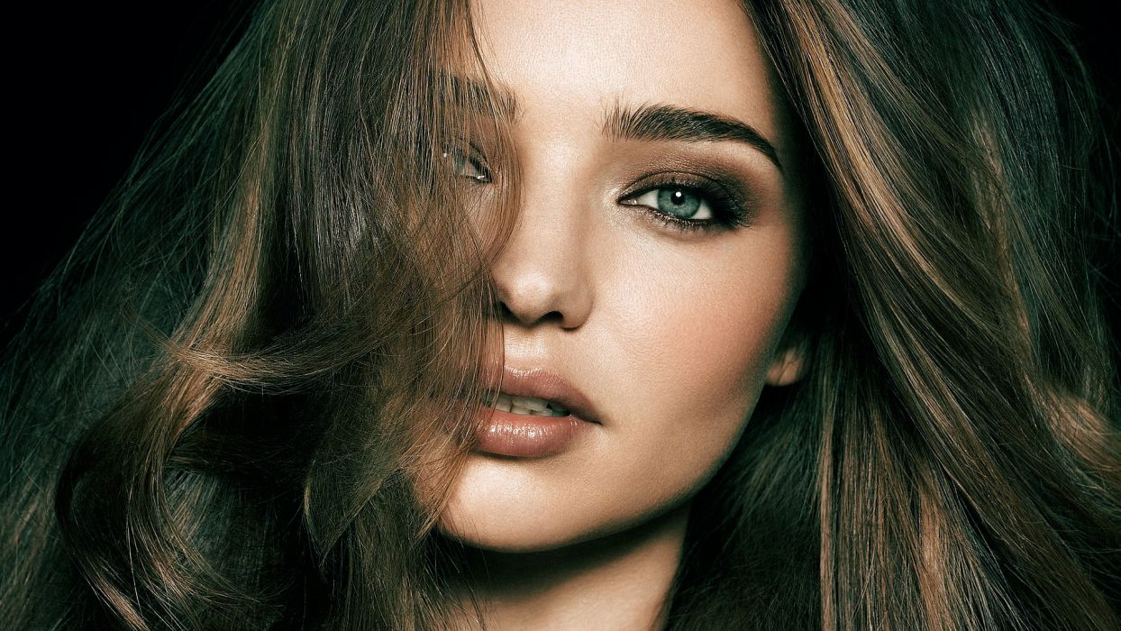 brunettes women close-up eyes Miranda Kerr models lips simple background black background Glamour wallpaper