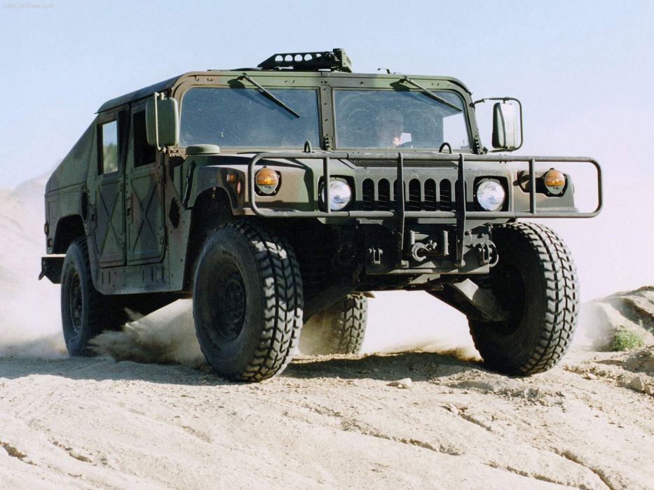 Hummer Humvee Military Vehicle 2003 wallpaper