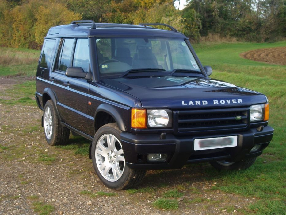 Land Rover Discovery Series II 2000 wallpaper