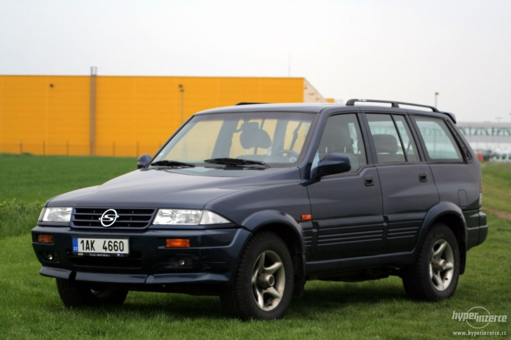 SsangYong Musso 1999 wallpaper